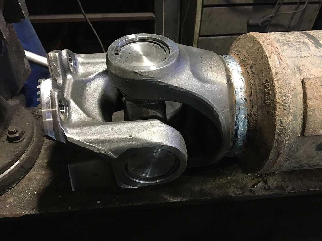 Ремонт карданного вала бетономешалки Вольво